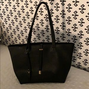 Like NEW Vince Camuto tote